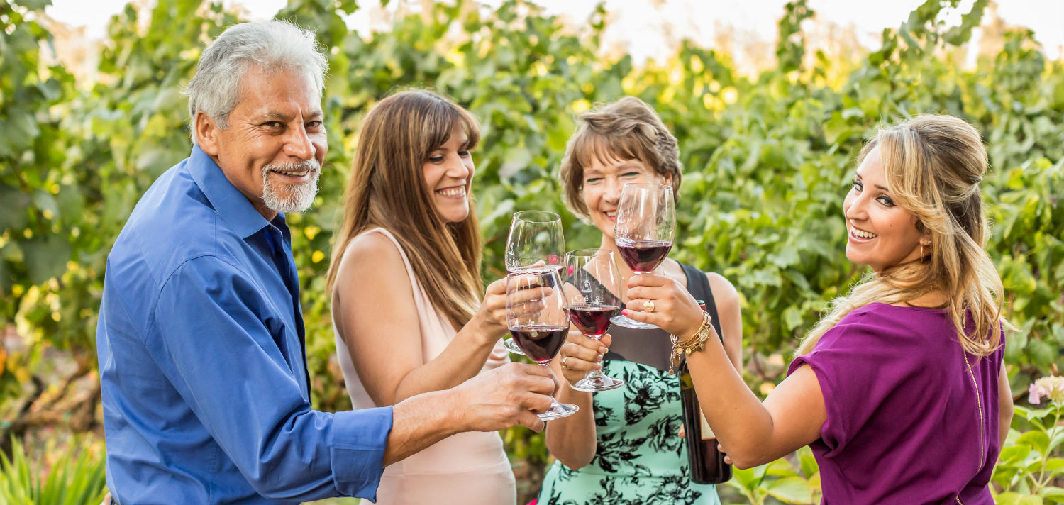 Join the Casa Ceja Wine Club